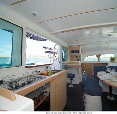 Catamarán Lagoon 380 (2014)-4