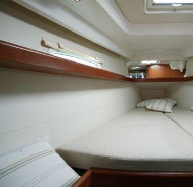 Zeilboot Beneteau Oceanis 40 (2011)-4
