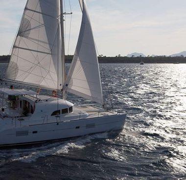 Catamaran Lagoon 380 (2011)-2