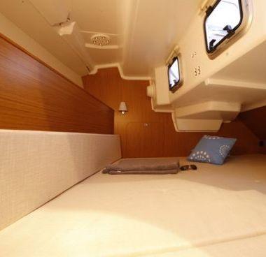 Sailboat Jeanneau Sun Odyssey 33 i (2013)-4