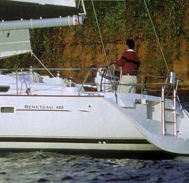 Sailboat Beneteau Oceanis 423 - 2006 (refit 2015)-4