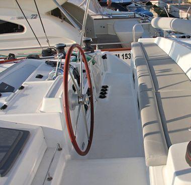 Catamaran Lagoon 440 (2010)-4