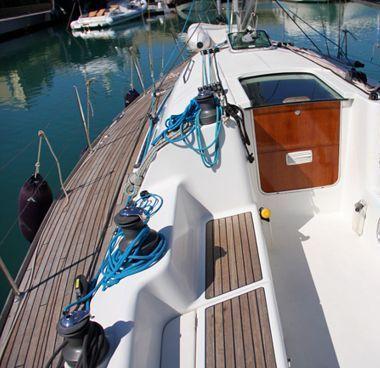 Sailboat Beneteau First 40.7 (2004)-2