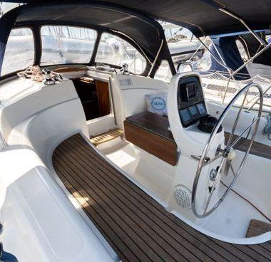 Barca a vela Bavaria Cruiser 33 (2007)-4