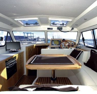 Barco a motor Adriana 36 (2011)-4