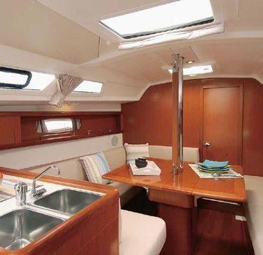 Zeilboot Beneteau Oceanis 34 (2012)-4