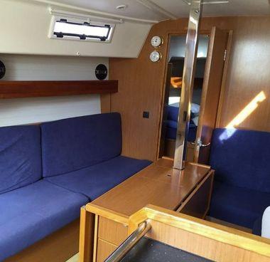 Zeilboot Bavaria Cruiser 33 (2013)-2