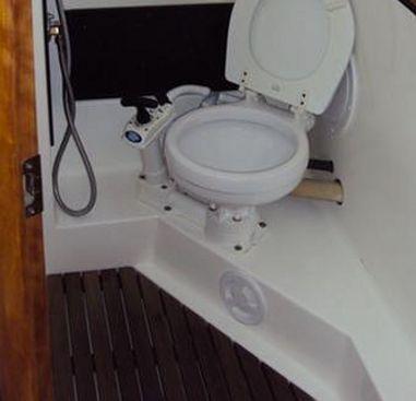 Zeilboot Bavaria Cruiser 33 (2013)-4