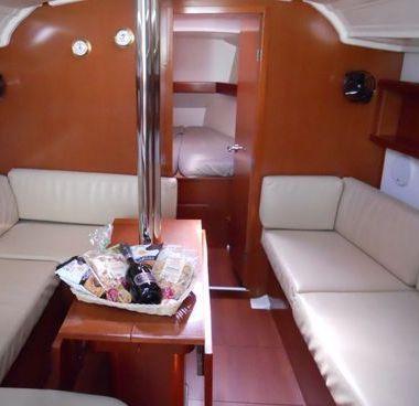 Barca a vela Beneteau Oceanis 37 (2010)-2