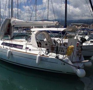 Zeilboot Beneteau Oceanis 34 (2012)-2