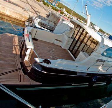 Motorboot Sas Vektor Adriana 36 (2011)-2