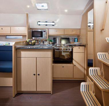 Zeilboot Bavaria Cruiser 36 (2013)-4
