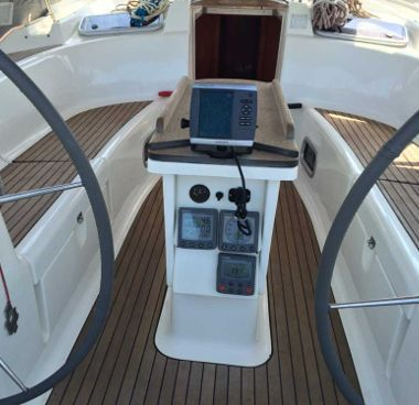 Sailboat Bavaria Cruiser 46 - 2007 (refit 2014)-2