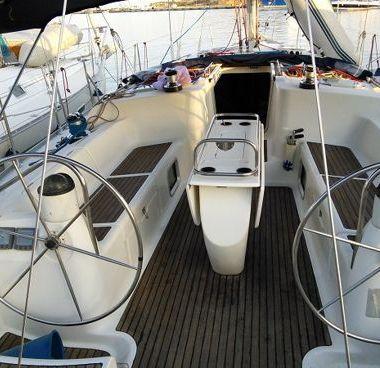 Sailboat Jeanneau Sun Odyssey 43 (2002)-2