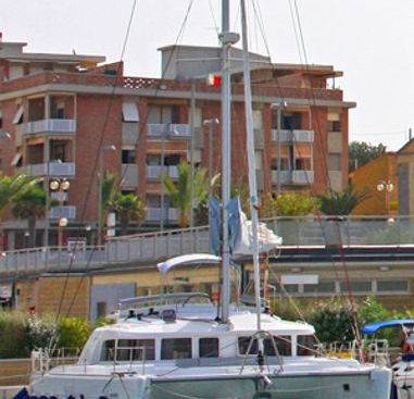Catamaran Lagoon 440 (2010)-2