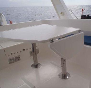 Catamarano Leopard 43 (2007)-4