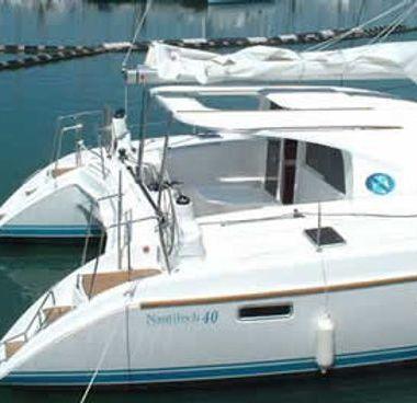 Catamarán Nautitech 40 (2006)-2