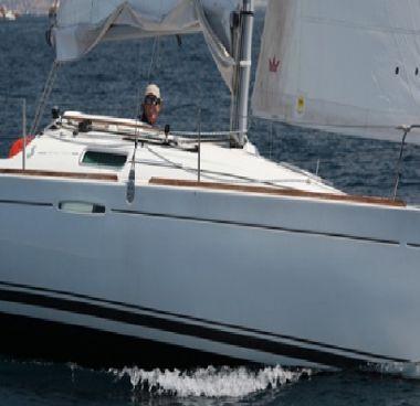 Sailboat Beneteau First 25 S (2013)-4