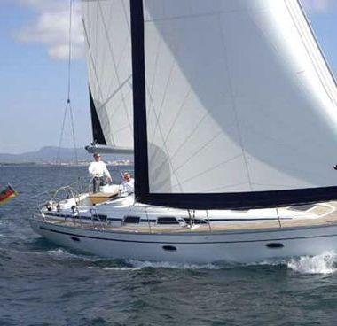 Sailboat Bavaria Cruiser 43 (2009)-4