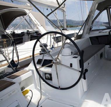 Sailboat Beneteau Oceanis 48 (2015)-2