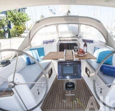 Sailboat Hanse 345 (2013)-2
