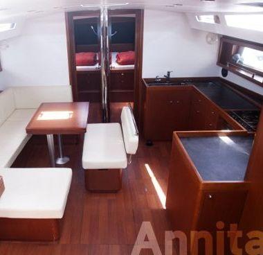 Sailboat Beneteau Oceanis 48 (2015)-4