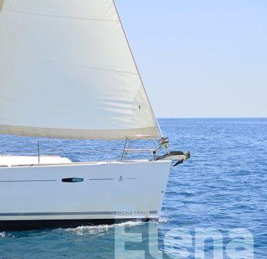Sailboat Beneteau Oceanis 43 (2008)-4