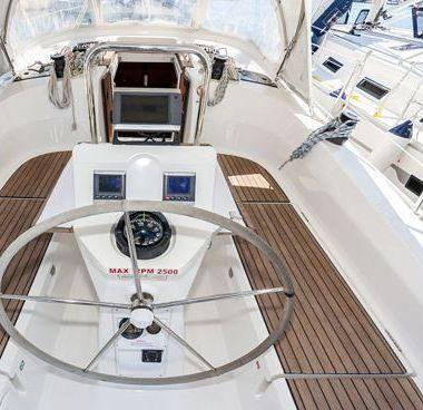 Barca a vela Bavaria Cruiser 36 (2013)-4