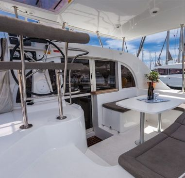 Catamarán Lagoon 380 (2014)-2