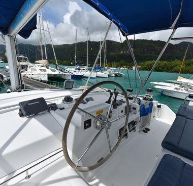 Catamarano Lagoon 440 (2008)-4