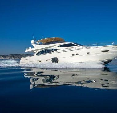 Barco a motor Ferretti 780 (2007)-4