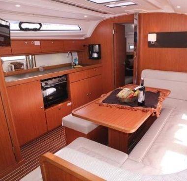 Barca a vela Bavaria Cruiser 41 (2014)-4