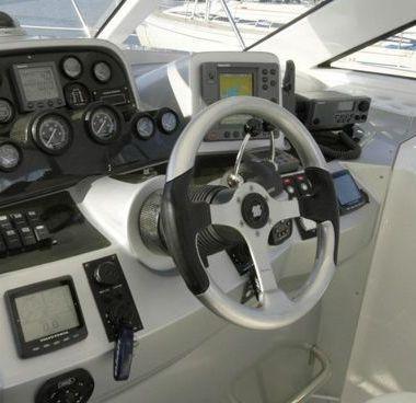 Barco a motor Elan Power 35 (2004)-2