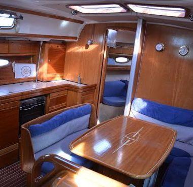 Zeilboot Bavaria Cruiser 39 (2007)-4