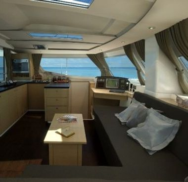 Catamaran Fountaine Pajot Helia 44 (2013)-4