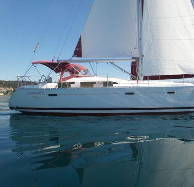Sailboat Beneteau Oceanis Clipper 393 (2006)-2