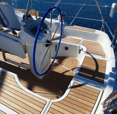 Sailboat Beneteau Oceanis Clipper 393 (2006)-4