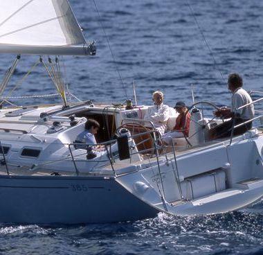 Sailboat Dufour 385 (2006)-4