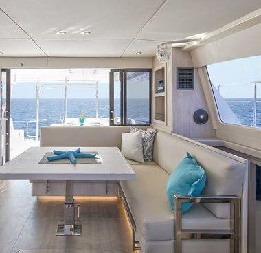 Motor Catamaran Leopard Moorings 433 (2018)-4
