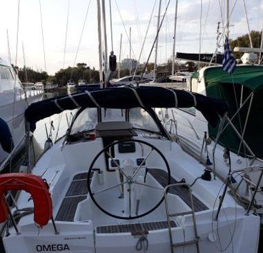 Sailboat Jeanneau Sun Odyssey 33 i (2013)-2