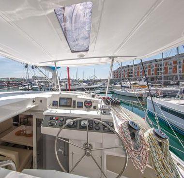 Catamaran Leopard Sunsail 404 (2018)-4