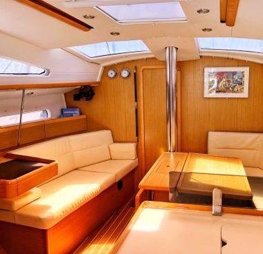 Zeilboot Jeanneau Sun Odyssey 42 DS (2010)-4