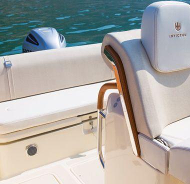 Speedboat Invictus 270 FX (2021)-2