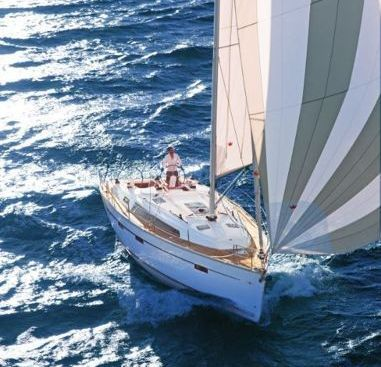 Sailboat Bavaria Cruiser 41 (2016)-4