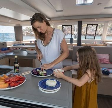 Catamaran Fountaine Pajot Astrea 42 (2020)-4
