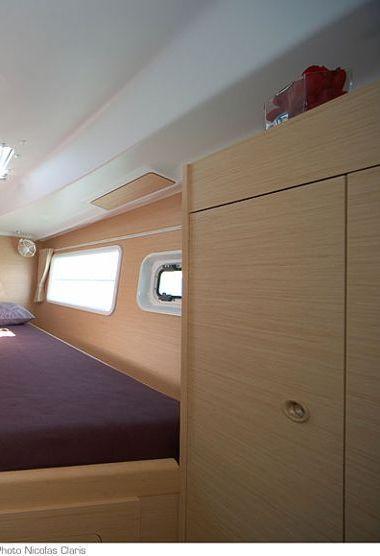 Catamarano Lagoon 380 (2014)-3