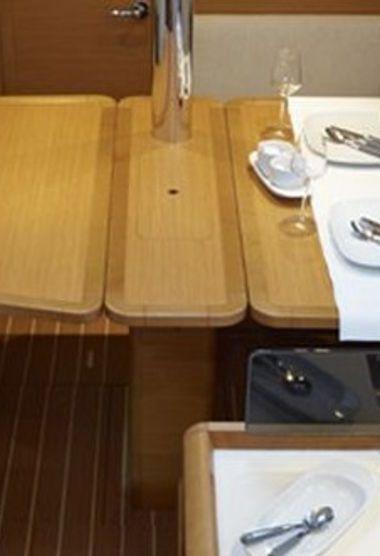 Segelboot Jeanneau Sun Odyssey 379 DL (2012)-3