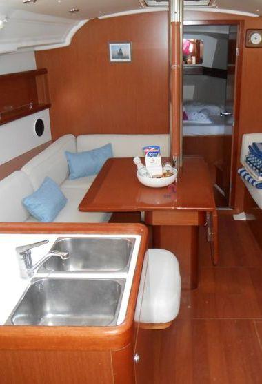 Zeilboot Beneteau Oceanis 37 (2008)-3