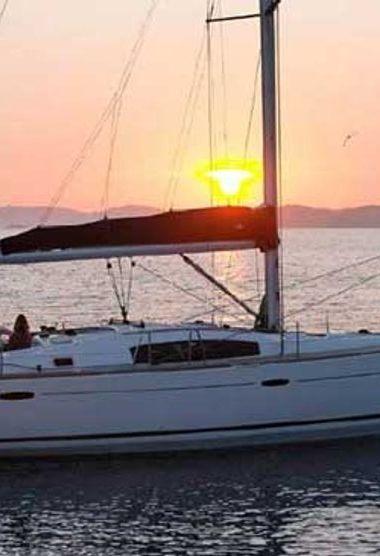 Barca a vela Beneteau Oceanis 43 (2011)-3