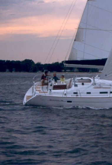 Sailboat Beneteau Oceanis 423 - 2006 (refit 2015)-3